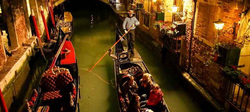 carnevale di Venezia gondole