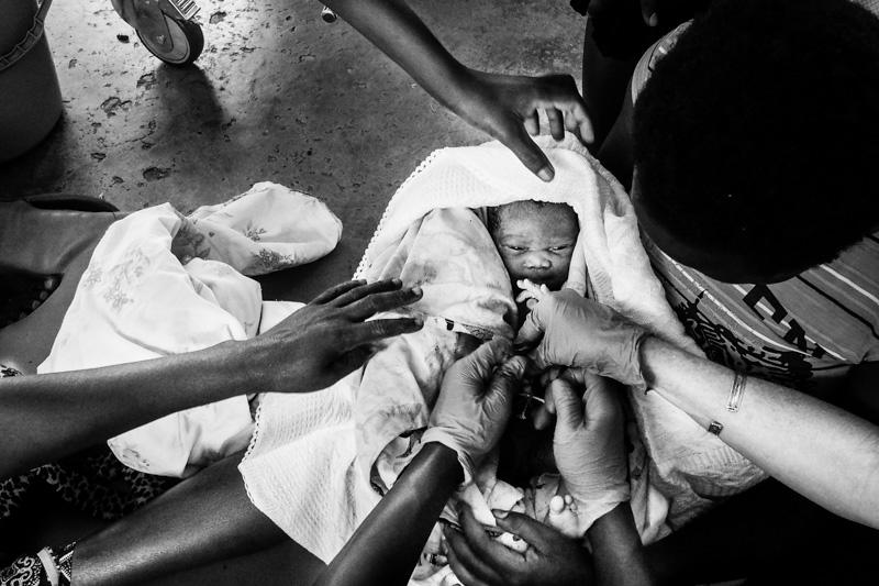 neonato presso il bubukwanga refugee camp