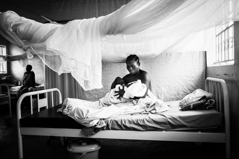 ospedale nel campo rifugiati in Uganda
