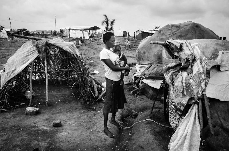 tendopoli presso il bubukwanga refugee camp Uganda