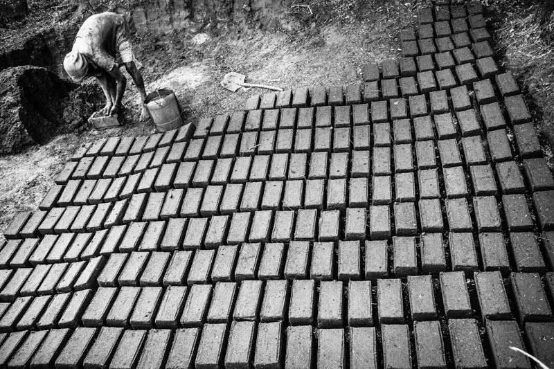 i mattoni di fango - foto Fulvio Bugani