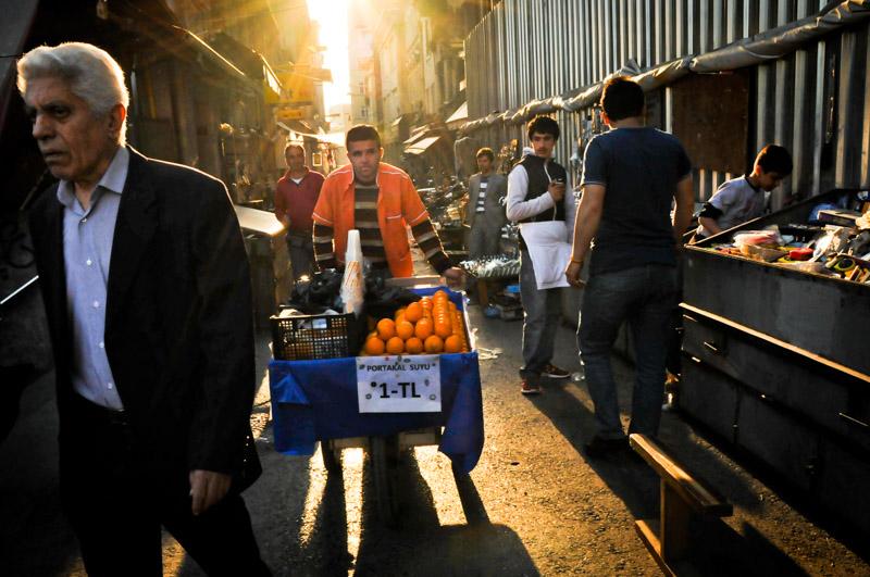 venditore ambulante - foto di Daniela Damonte