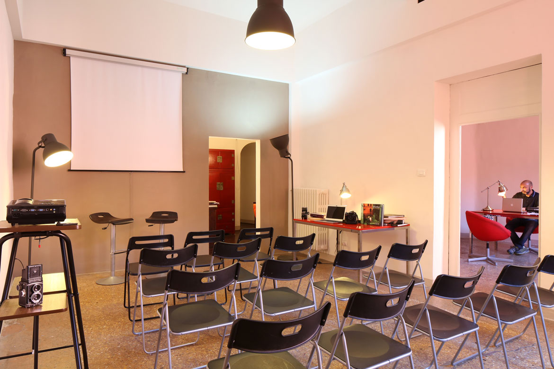 sala corsi di fotografia Bologna Foto Image