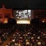 piazza maggiore guarda i reportage di Bugani al cinema